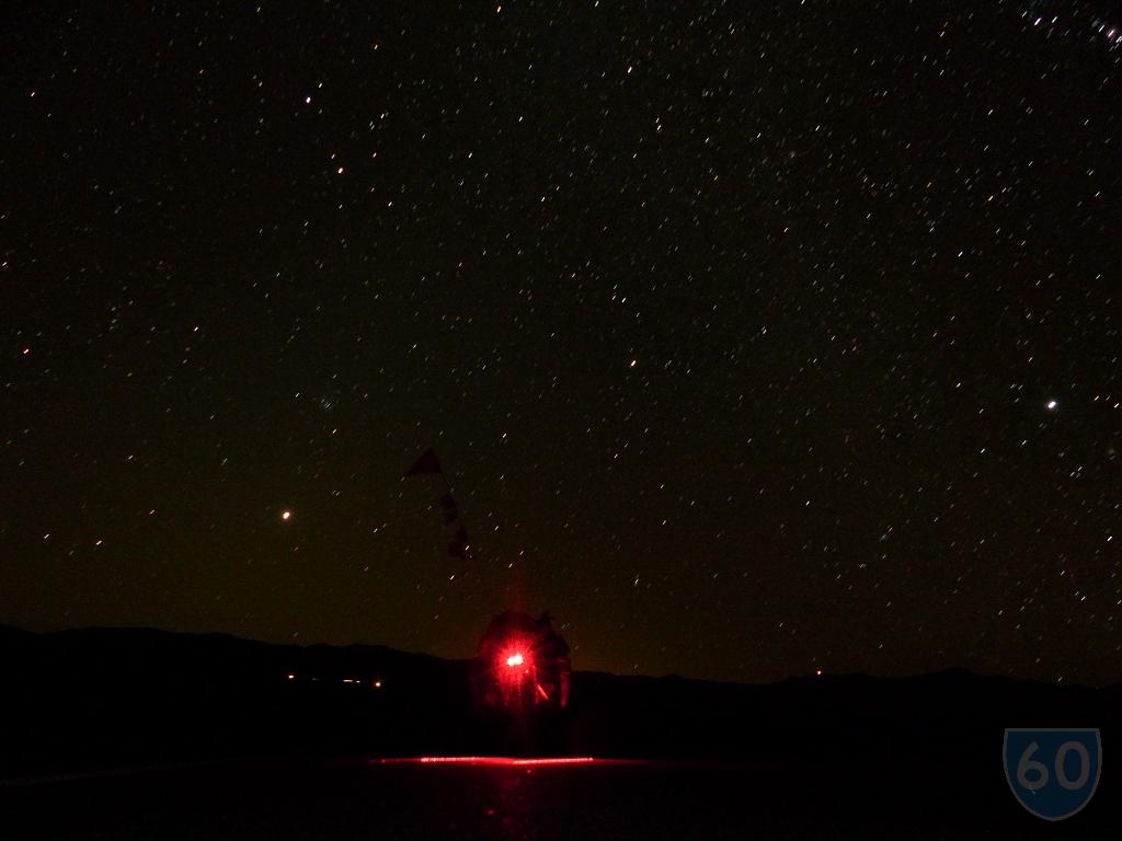 Atravesando Death Valley en la noche