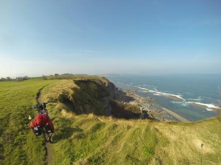 La bella Cantabria,  'entrando en el Camino' : Güemes